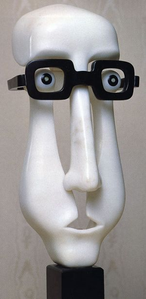Gerard Holmens °1934-1995 Belgiam sculptor specialist in marble artwork